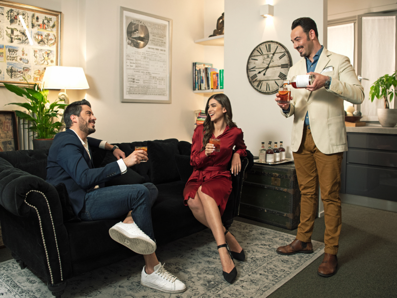 CATH COCKTAIL AT HOME: ARRIVA LO SPOT